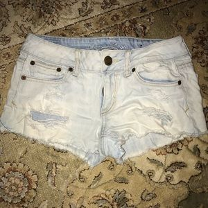 Light wash American Eagle shorts size 2